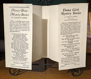 Nancy Drew Mystery Stories. The Clue in the Crumbling Wall