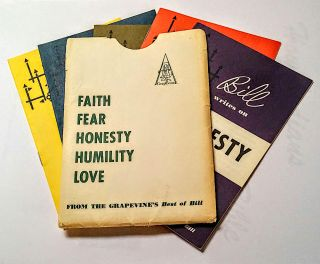 Bill Writes on Faith, Fear, Honesty, Humility and Love [ Five different small pamphlets hosed in their original paper pocket ]